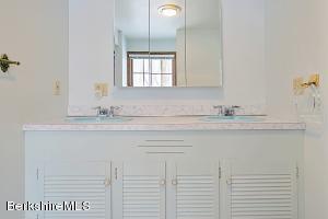 4 Bishop Estate Lenox MA 01240