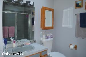 880 East Lee MA 01238