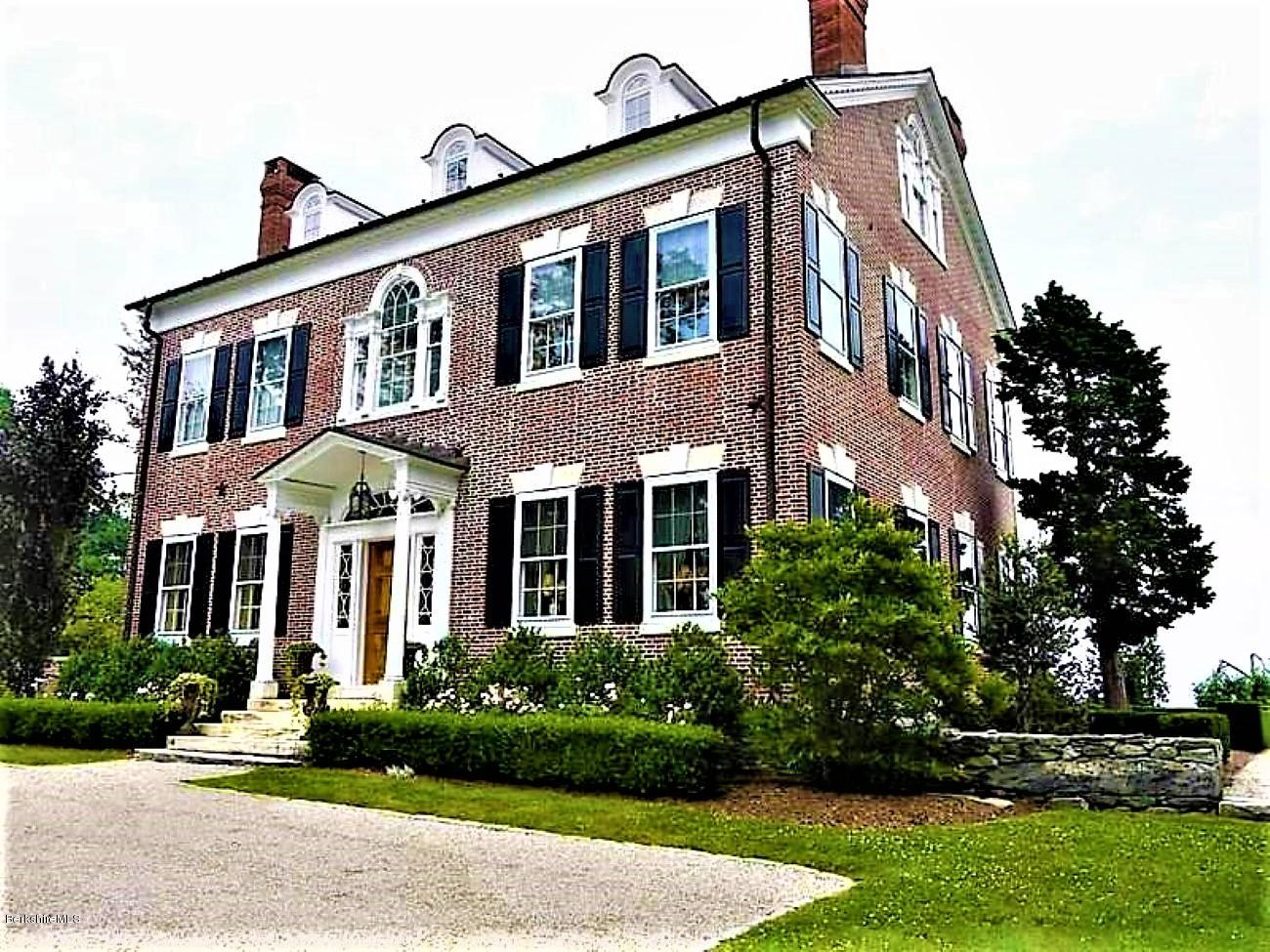 12 East Street North, Connecticut Towns, Connecticut 99999, 6 Bedrooms Bedrooms, 14 Rooms Rooms,4 BathroomsBathrooms,Residential,For Sale,East Street North,230348
