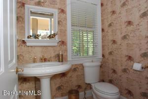 141 Stevens Lake Monterey MA 01245