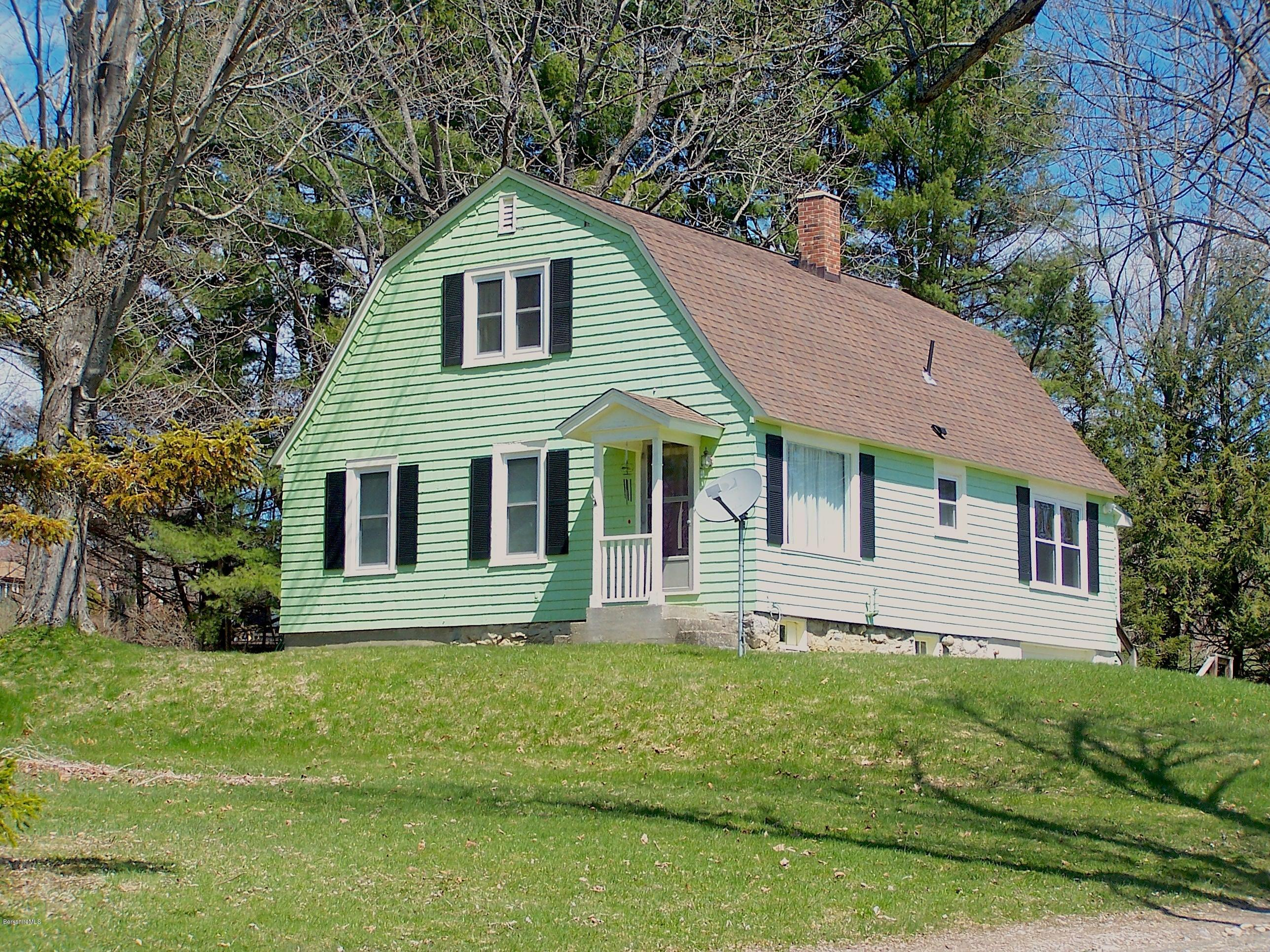 Gambrel Colonial