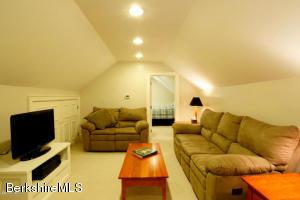 229 High Pittsfield MA 01201