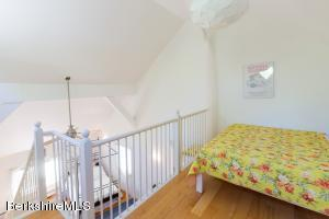 49 New Hartford Sandisfield MA 01255