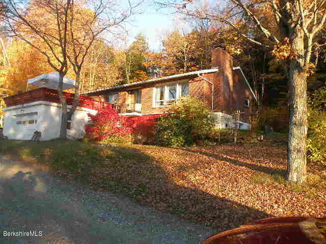144 Peaceful Valley, Canaan, New York 12029, 5 Bedrooms Bedrooms, 11 Rooms Rooms,2 BathroomsBathrooms,Residential,For Sale,Peaceful Valley,230828