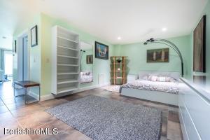 139 Lime Kiln Lenox MA 01240