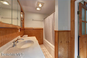 105 Harrison Williamstown MA 01267