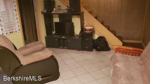 6 Arnold Cheshire MA 01225