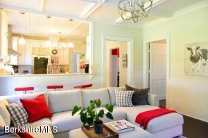 94 West Great Barrington MA 01230