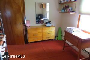 173 School Cheshire MA 01225