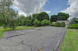 681 Simonds Williamstown MA 01267