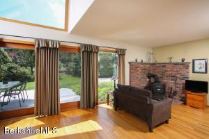 296 Stratton Williamstown MA 01267