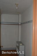 16 Noblehurst Pittsfield MA 01201