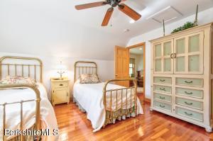 17 Arroyo New Marlborough MA 01230