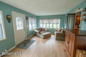 122 Maple Grove Pittsfield MA 01201
