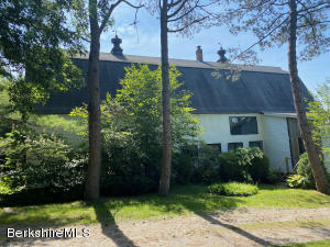 30 Prospect Hill Stockbridge MA 01262