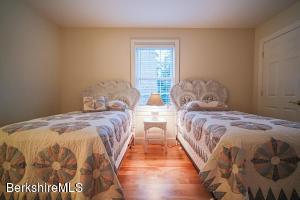124 Egremont Plain Egremont MA 01230