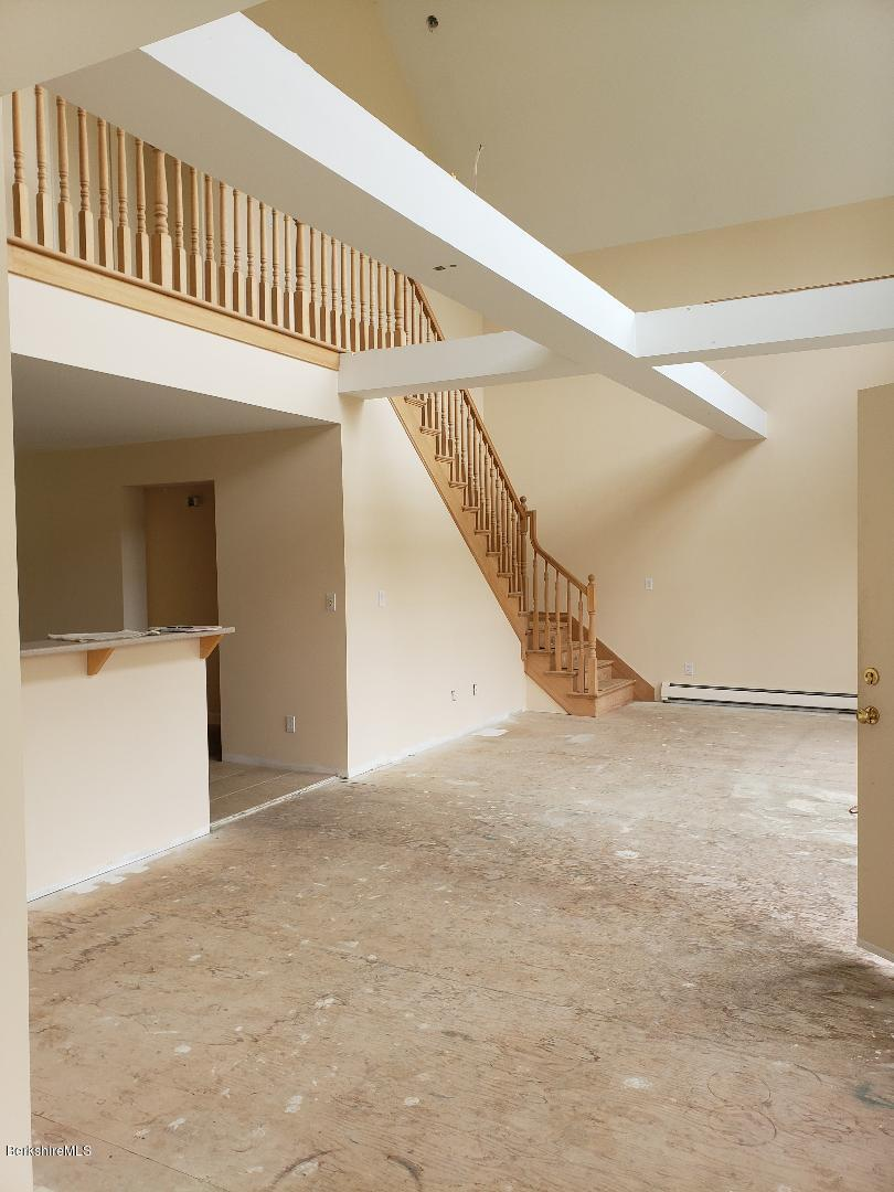 greatroom.staircase