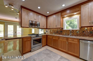 197 Gt Barrington West Stockbridge MA 01266