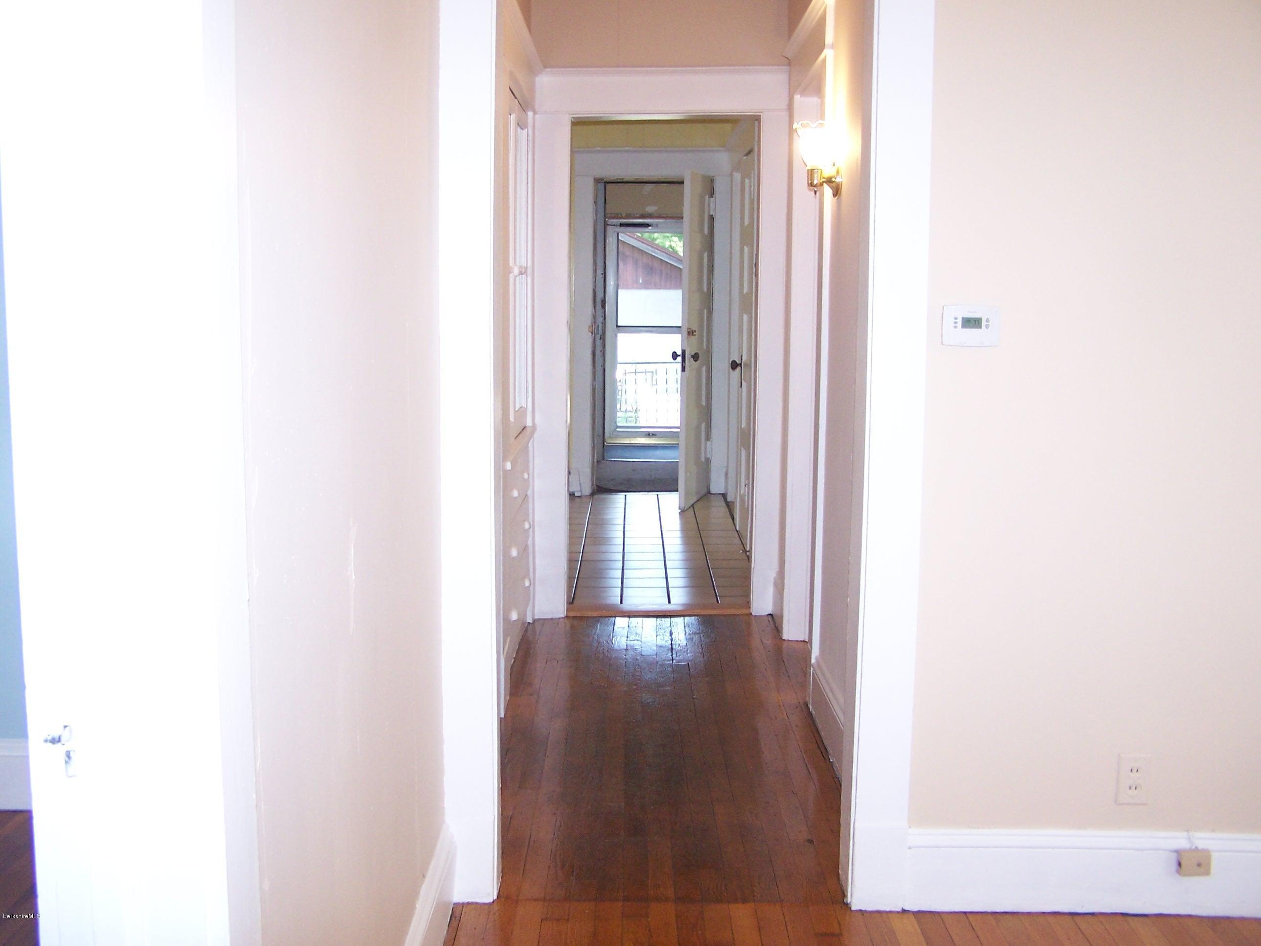 hall to kitchen