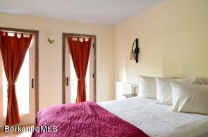 944 Hewins Sheffield MA 01257