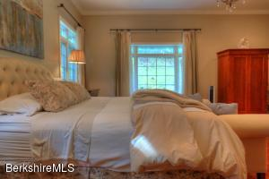 25 Berkshire Woods New Marlborough MA 01259