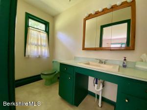 403 Monterey Great Barrington MA 01230