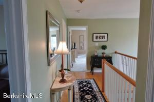 380 Stratton Williamstown MA 01267