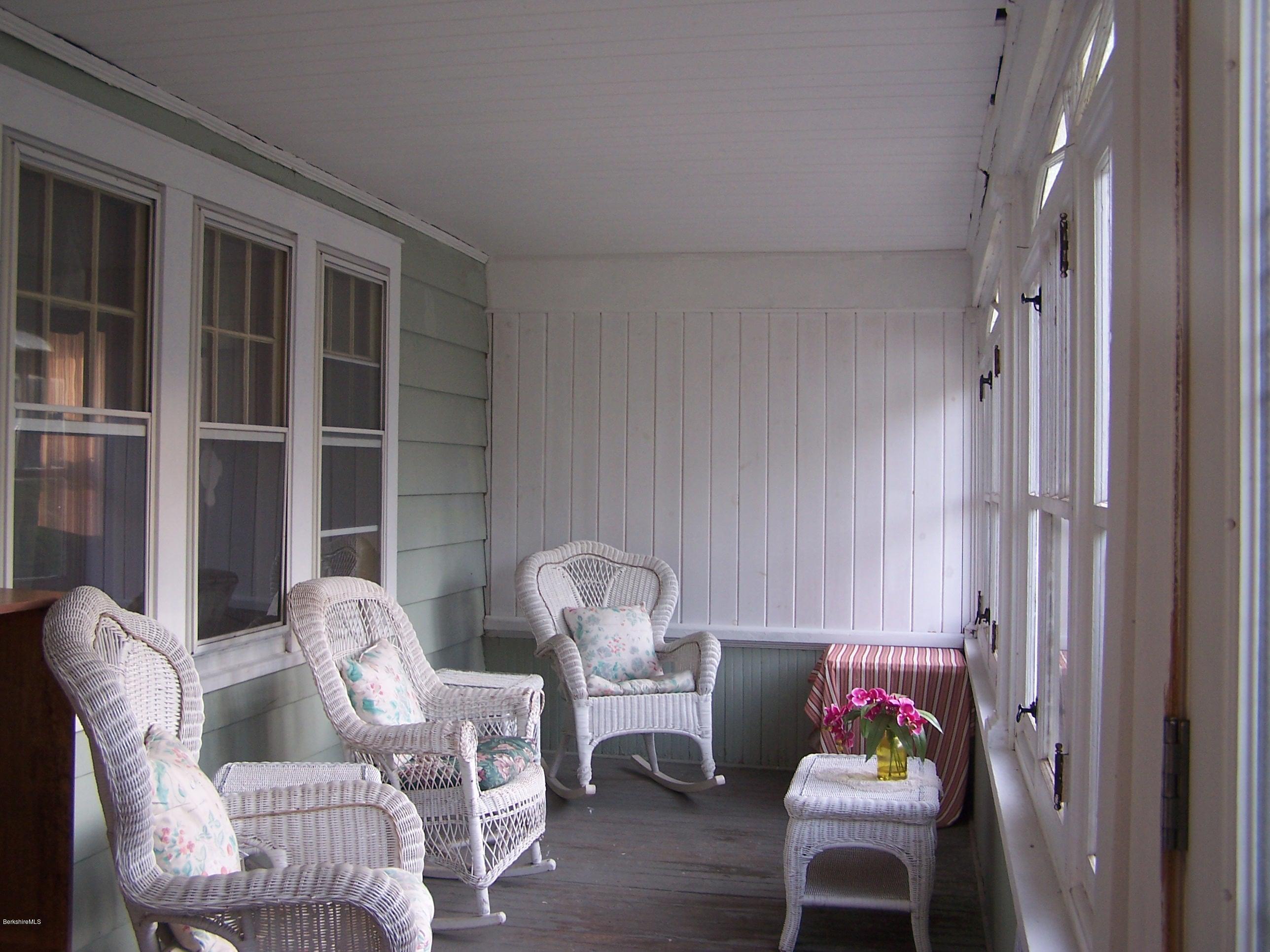 porch furniture 2