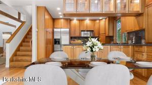 14 Glendale West Stockbridge MA 01266