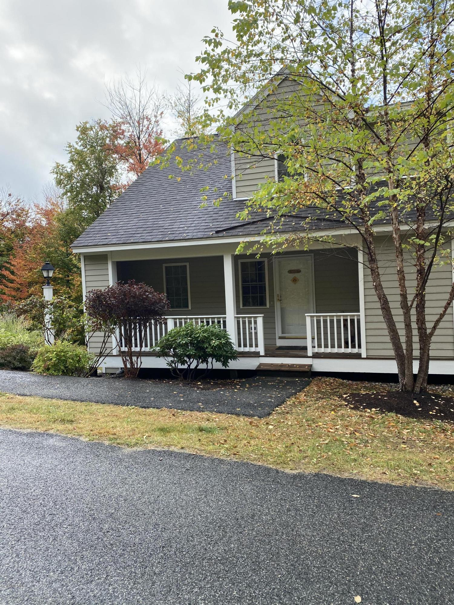 37 Corey, Hancock, Massachusetts 01237, 4 Bedrooms Bedrooms, 8 Rooms Rooms,3 BathroomsBathrooms,Condominium,For Sale,Corey,232427