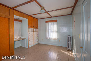 63 Onota Pittsfield MA 01201