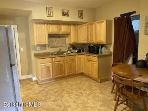 129-131 Quincy North Adams MA 01247