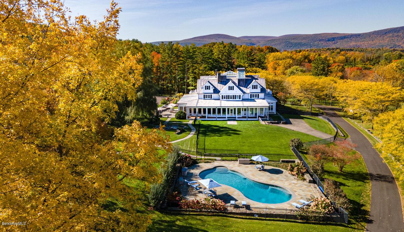 57 Mt Tom, Salisbury, Connecticut 06068, 9 Bedrooms Bedrooms, 28 Rooms Rooms,14 BathroomsBathrooms,Residential,For Sale,Mt Tom,232853