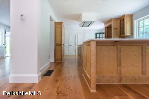 33 Pixley Hill West Stockbridge MA 01266