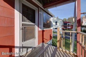 48 Montgomery Pittsfield MA 01201