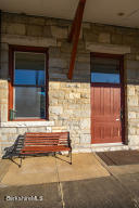 2 Depot St Stockbridge MA 01262