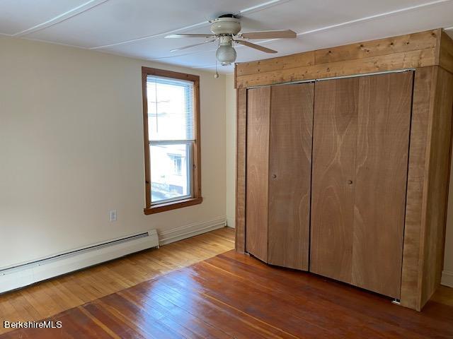 bedroom 1 up vw 2