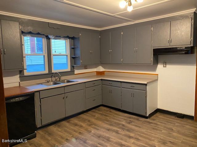 downstairs kitchen vw3