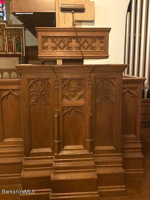 """carved """"pulpit"""""""
