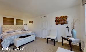 19 Morgan Lenox MA 01240
