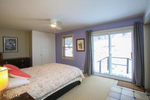 530 White Oaks Williamstown MA 01267