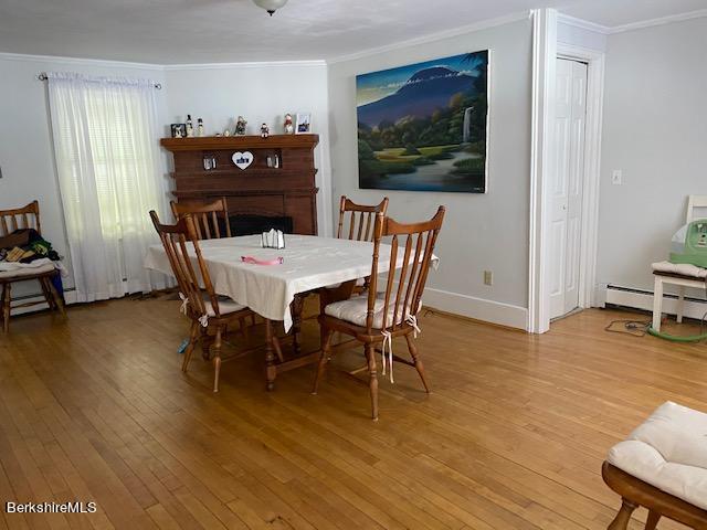 left side dining room