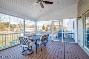 30 Candlewood Williamstown MA 01267