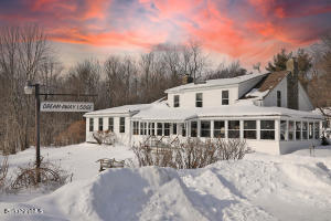 1342 County Rd, Becket, MA 01223