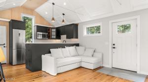 23 High West Stockbridge MA 01266