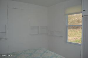 11 Mahkeenac Stockbridge MA 01262