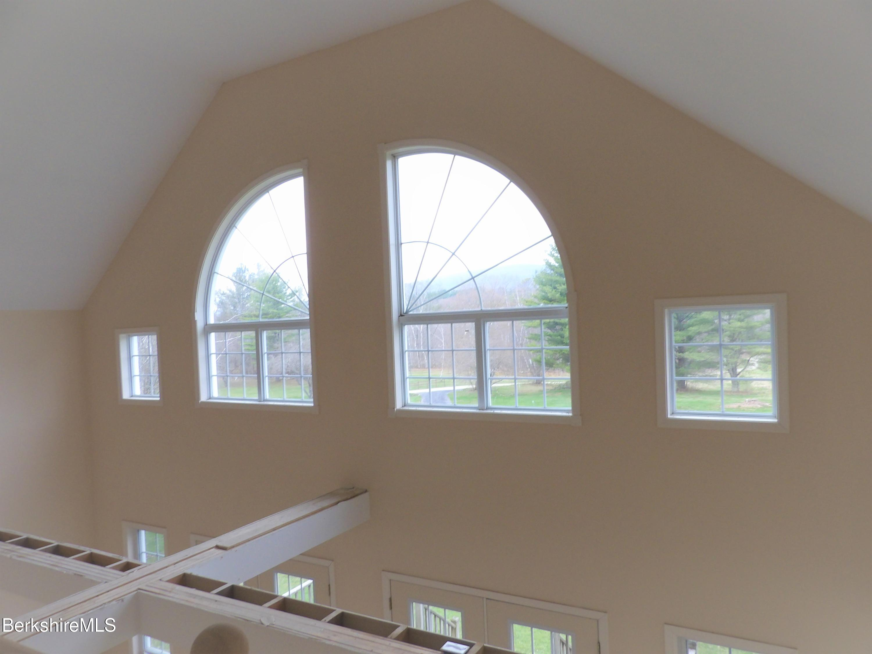 Top View-Front Windows