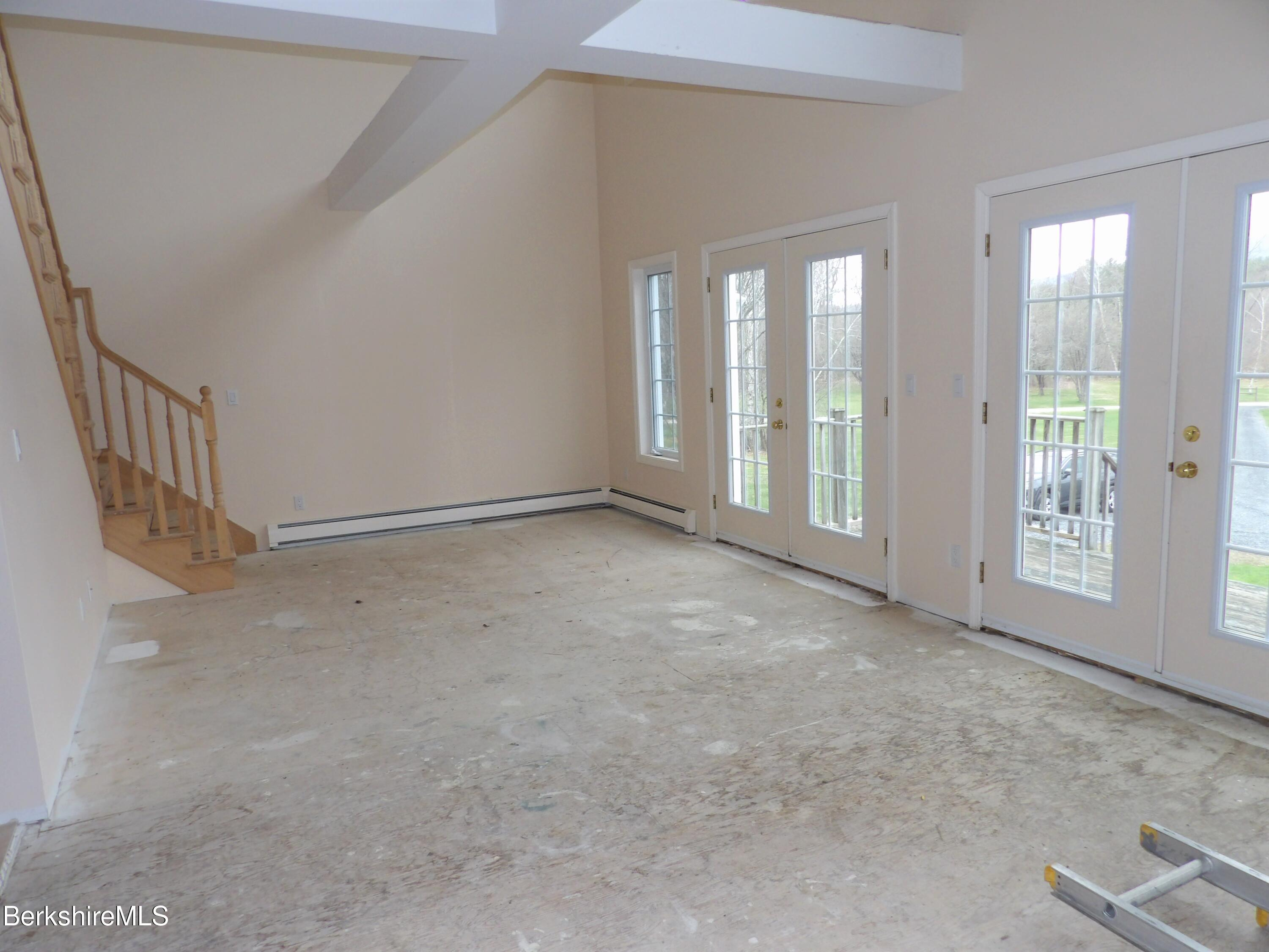 Living Room - Front Entry