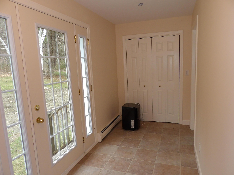 Back Entry-Foyer2