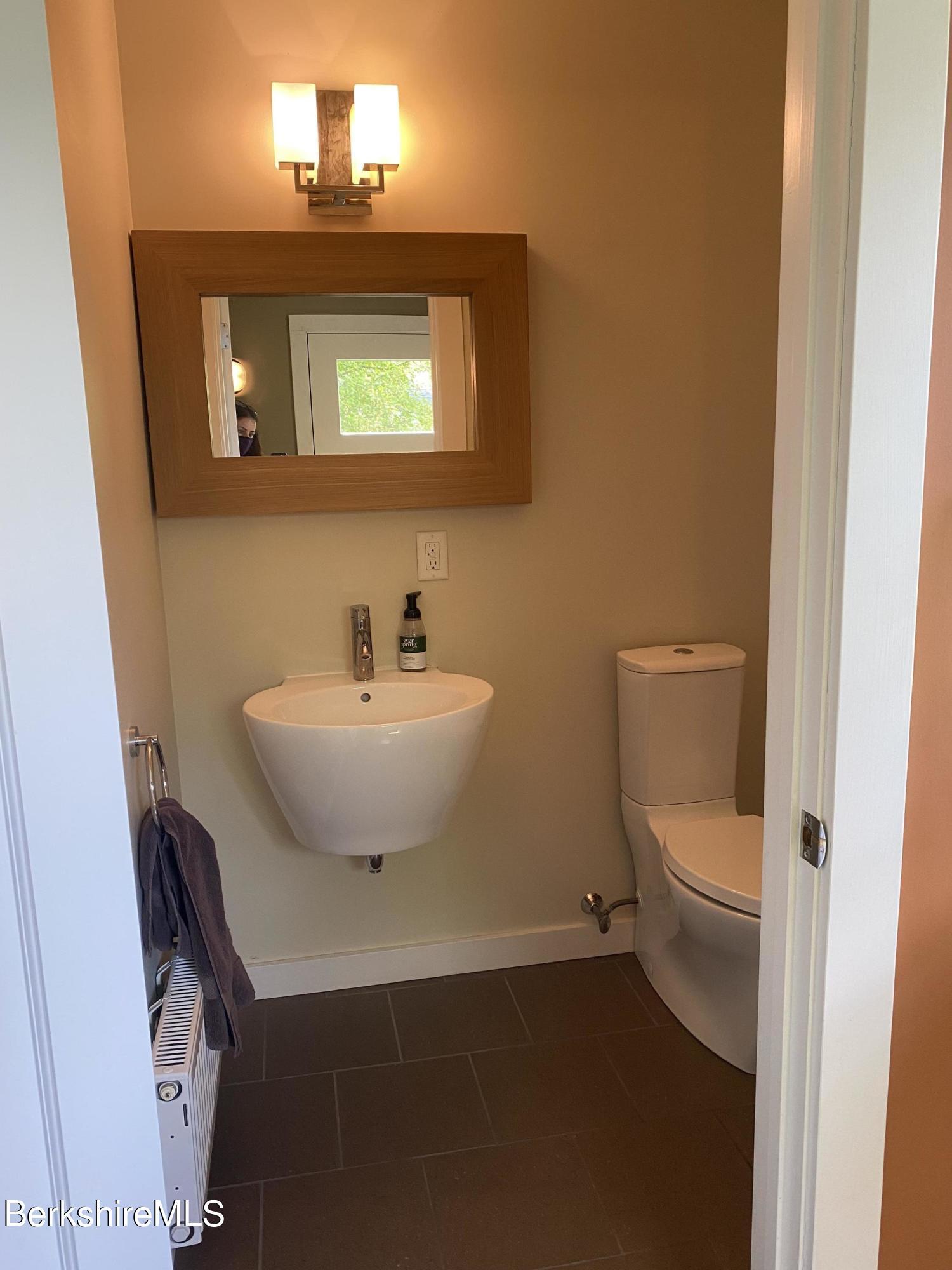 Half_Bathroom